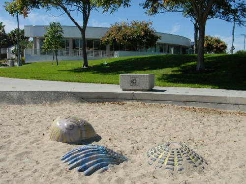 Pacific Beach/Taylor Branch Library; photograph by Robert Quade aka digitalBob